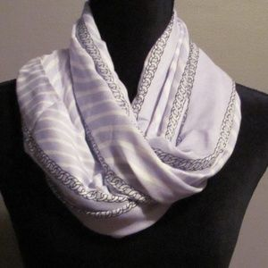 Michael Kors Baby Blue Neck Scarf One Size